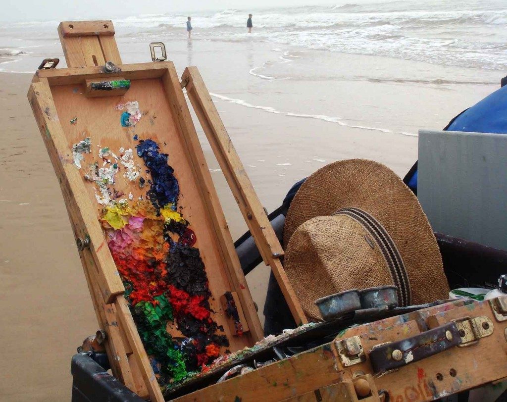 Oil painting palette case open at the beach